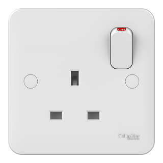 LWM 1 gang 13A switched socket outlet
