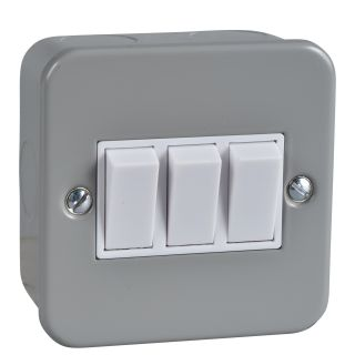 Exclusive - 2-way plate switch - 3 gangs - 10 AX - grey