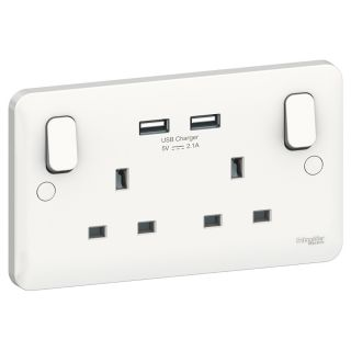 LWM TWIN 13A SOCKET WITH 2 X USB OUTLETS